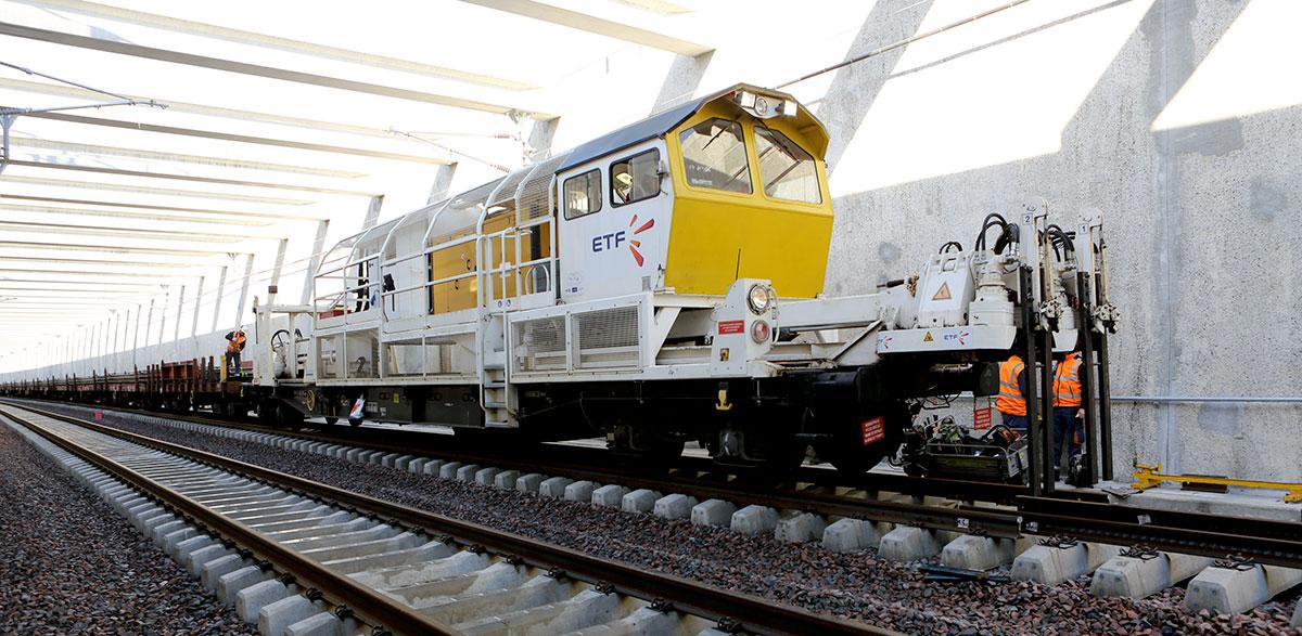 Eurovia pose de rails avec sa filiale ETF